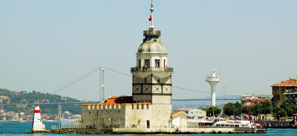 holidays-to-Istanbul-view-of-Maidens-Tower