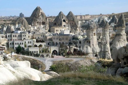 Turkey-tour-packages-Cappadocia-tours-rock-hotel